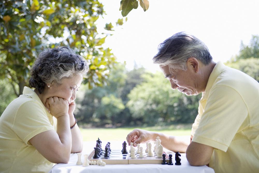 老年夫妻户外休闲图片图片素材(图片ID:1243684)_-老人图片-人物图片-高清图片_ 素材宝scbao.com