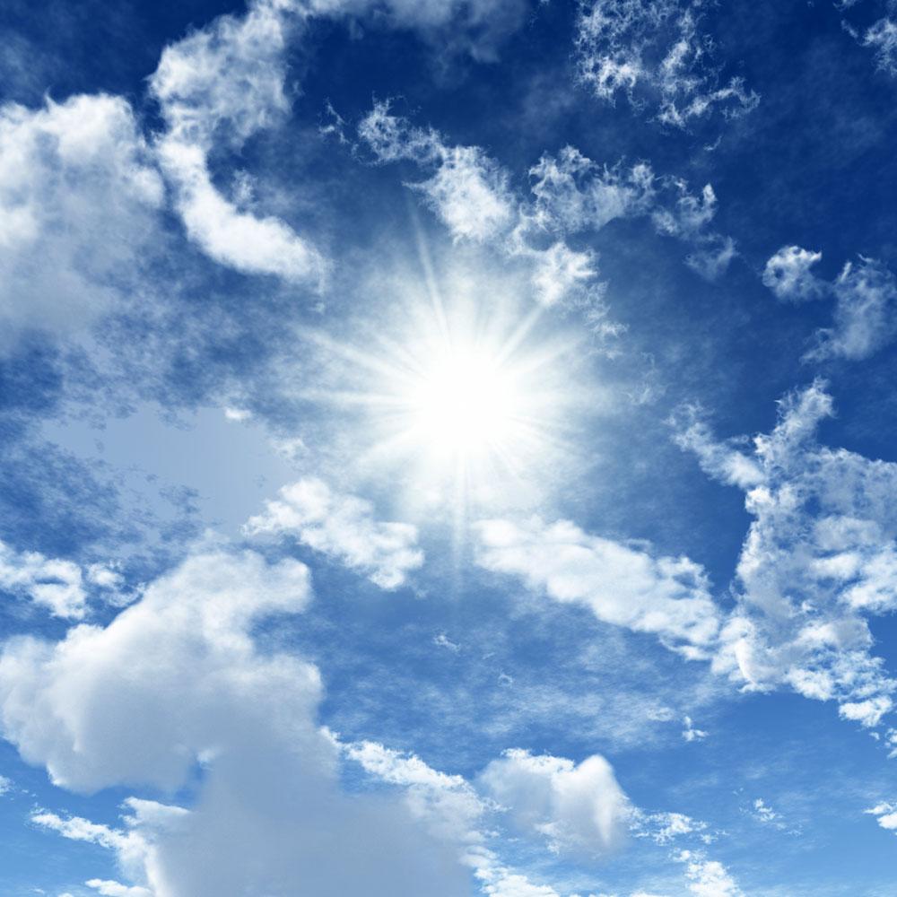 蓝天白云与太阳